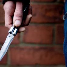 В «Алми» покупатель напал с ножом на других посетителей