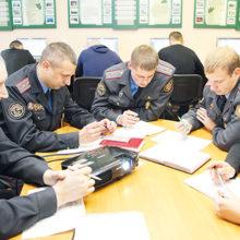 Сотрудников милиции отправят на курсы английского языка