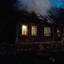В Мозыре мужчина вытащил соседку из горящего дома