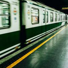 В Минске парень прыгнул под приходящий поезд