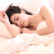 Полезен ли для взрослых дневной сон?