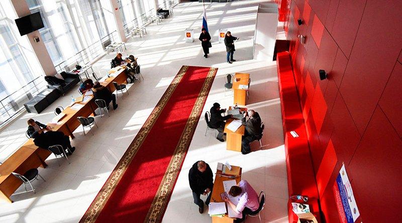 В Гомеле избирательный участок для голосования № 8046 открылся в здании общественно-культурного центра на улице Ланге, 17.