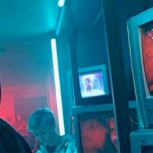 Кассирша Бузова, бомж Лепс. Киркоров представил новый клип с «нежданчиками»