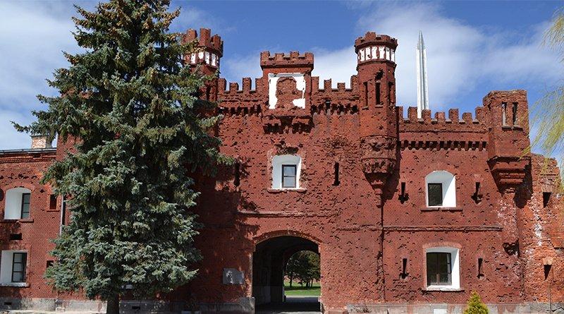 реконструкция Брестской крепости