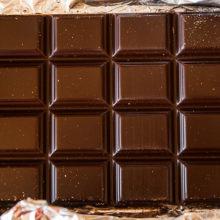 Плитку шоколада с автографом Лукашенко продали за 20 тысяч