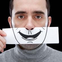 «Искусственно» радоваться с пластмассовой улыбкой или делать то, чего велит душа?