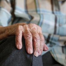 Какую социальную помощь могут получить одинокие пенсионеры