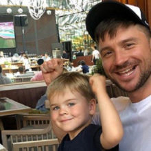 Сергей Лазарев попал в гей-скандал из-за фото с сыном
