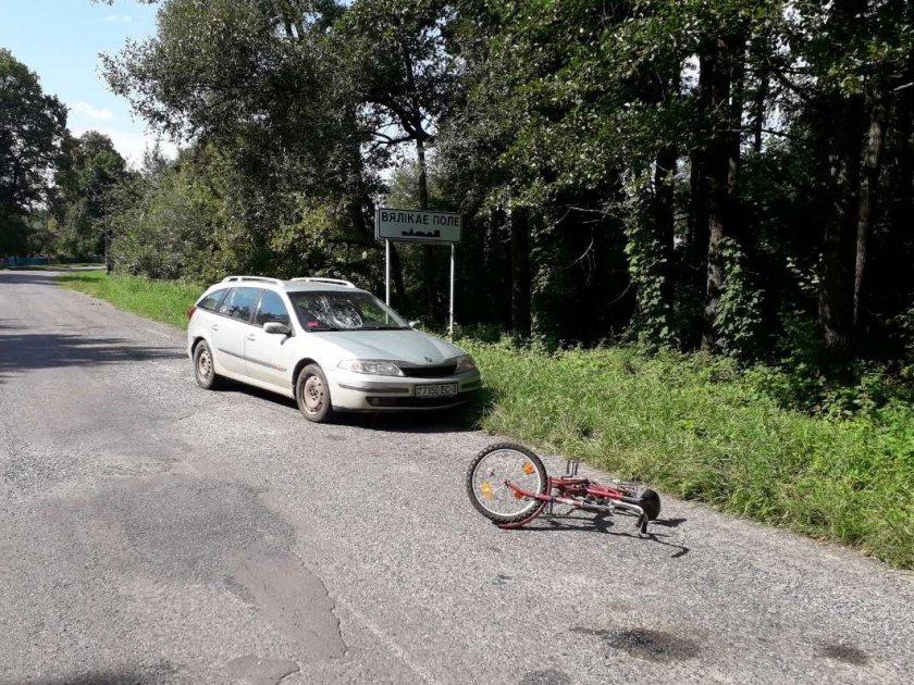 сбили трех велосипедистов