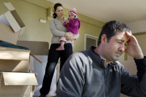 За неуплату коммуналки 6 мозырян выселили из квартир