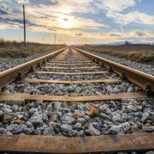 Украина прекращает железнодорожное сообщение с Россией
