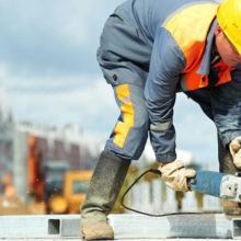 Зарплаты строителям будут начислять по новой формуле