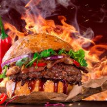 На БТ продегустировали бургер «Лукашенко» — видео