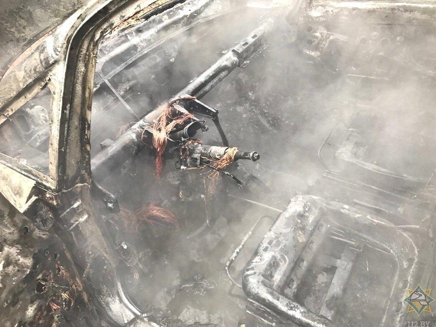 сгорела легковушка