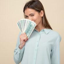 База данных о доходах белорусов заработает с 2021 года