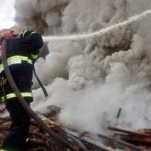 Пожар на гомельском предприятии тушили несколько часов