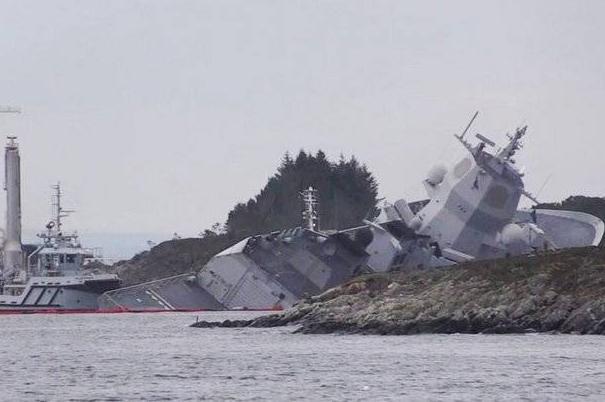 Trident Juncture начали тонуть корабли