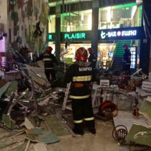В Арена-Сити в Минске обвалился потолок, есть пострадавшие