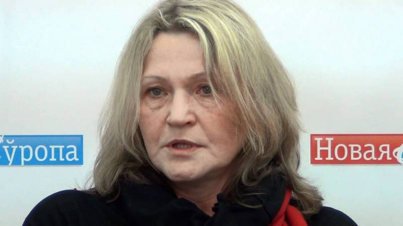 Кандидат фэнтезийных наук Нина Стужинская и «Зеленый дуб белорусской женской лиги»