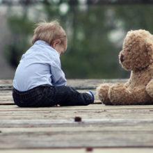 В Беларуси предлагают устанавливать опеку над детьми при отсутствии родителей больше полугода