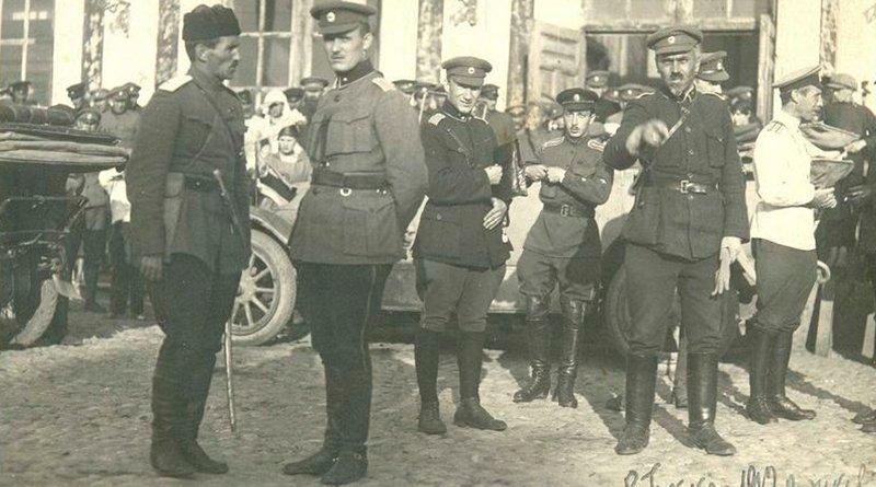 Булак-Балахович в оппозиционном пантеоне