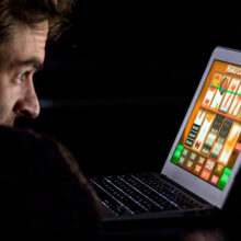 В Беларуси черный список игроманов будет действовать и для онлайн-казино