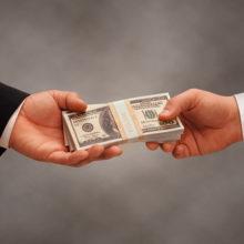 На Гомельщине руководители предприятий-должников премировали себя