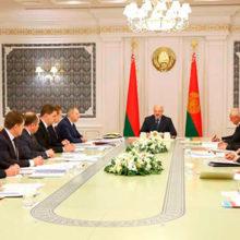 Президент провел совещание с руководством Правительства
