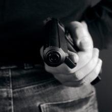 В Калинковичах на ж/д станции задержан мужчина с пистолетом