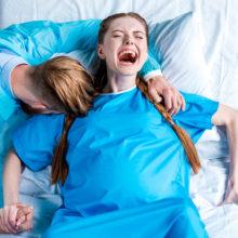 Региональных акушеров научат новому способу приема родов