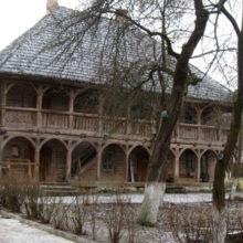 Самое старое деревянное здание в Беларуси открыли для туристов
