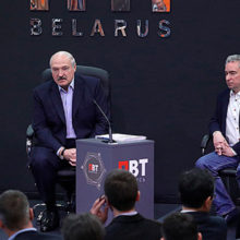 Лукашенко рассказал как получать высокую зарплату
