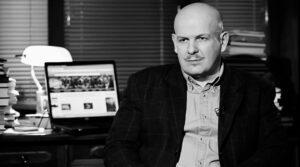 писатель и журналист Олесь Бузина