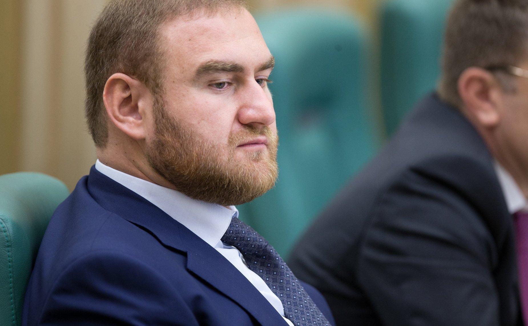 Арашуков обвиняется в убийстве из-за плевка