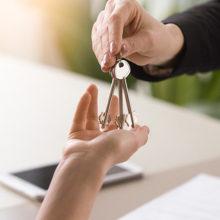 Налоговики взялись засдающих квартиры. Нелегалов находят через объявления иэлектронные базы