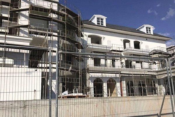 Пугачева и Галкин строят новый замок на Кипре