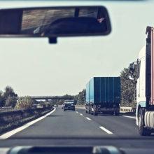 В Беларуси отменяют плату за проезд по дорогам. Кого это коснется