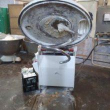 В Чаусах погибла работница тестомесильной машины