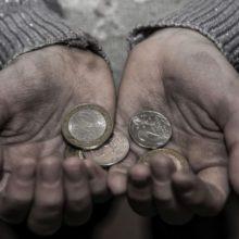 Зачертой бедности. Сколько белорусов живет насумму до110 рублей вмесяц