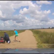 ВГомельском районе пьяный отец намотоцикле сдетьми удирал отГАИ