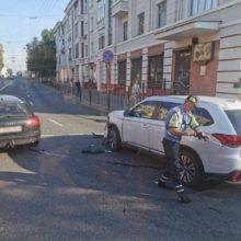 Авария в Гомеле: на кольце по улице Кирова не разъехались две иномарки