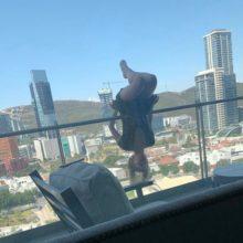 Блогерша сделала снимок для Instagram за секунду до того, как сорвалась с шестого этажа
