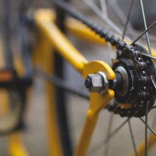 Милиция разыскивает велосипедистку, сбившую годовалого ребенка