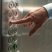 На Гомельщине в 2019 году должны заменить 330 лифтов