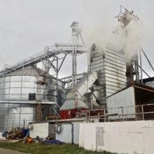 В Гомельском районе горел зерносушильный комплекс