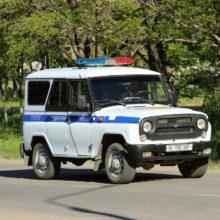 Полицейские изнасиловали девушку в патрульной машине