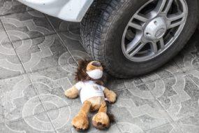 Трехлетнюю девочку сбила машина в Речице – видео