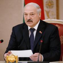 Александр Лукашенко — первый президент Республики Беларусь