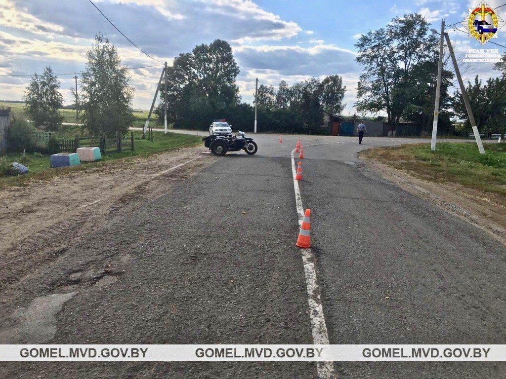 Бесправник спровоцировал ДТП: он и его пассажир в реанимации