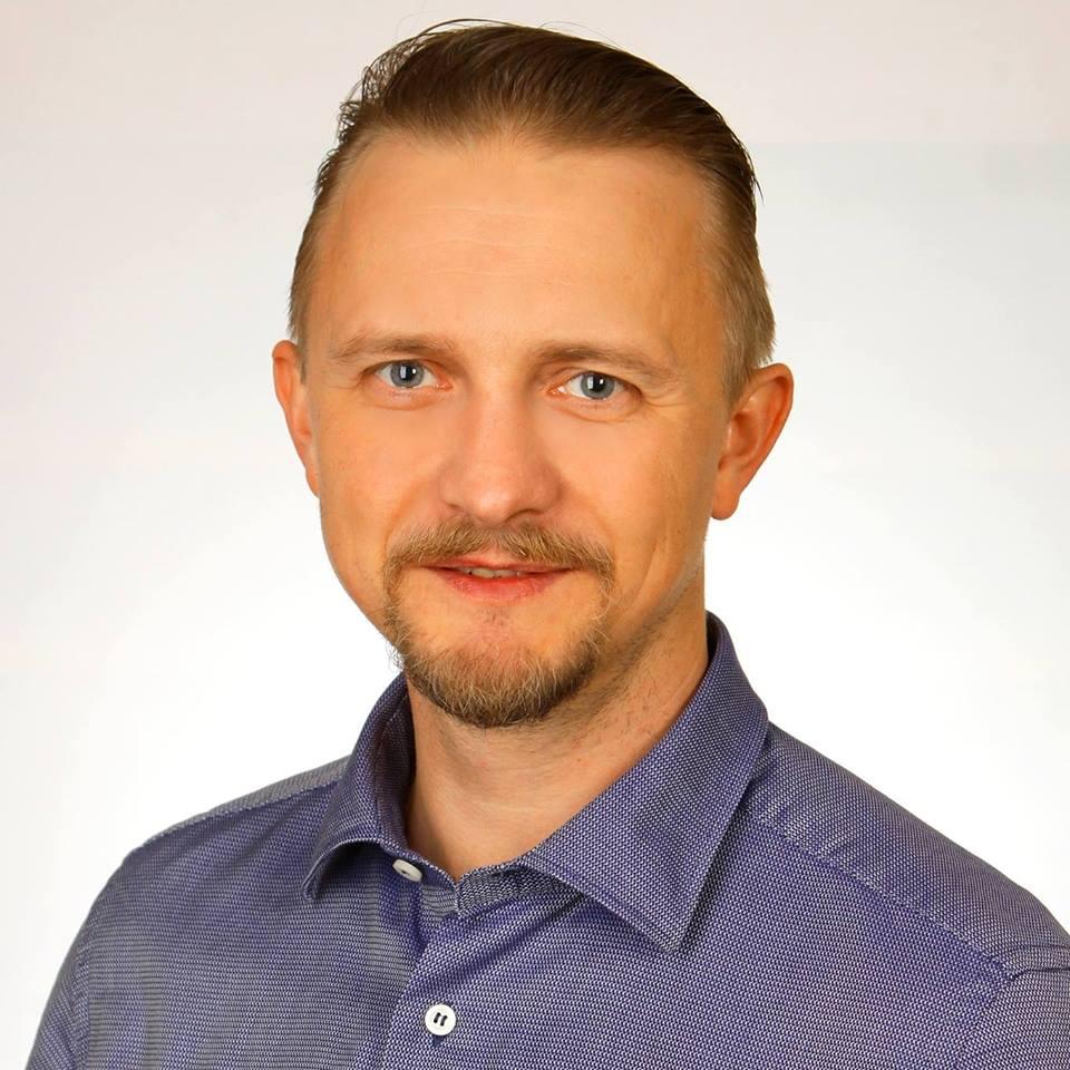 Денис Тихоненко